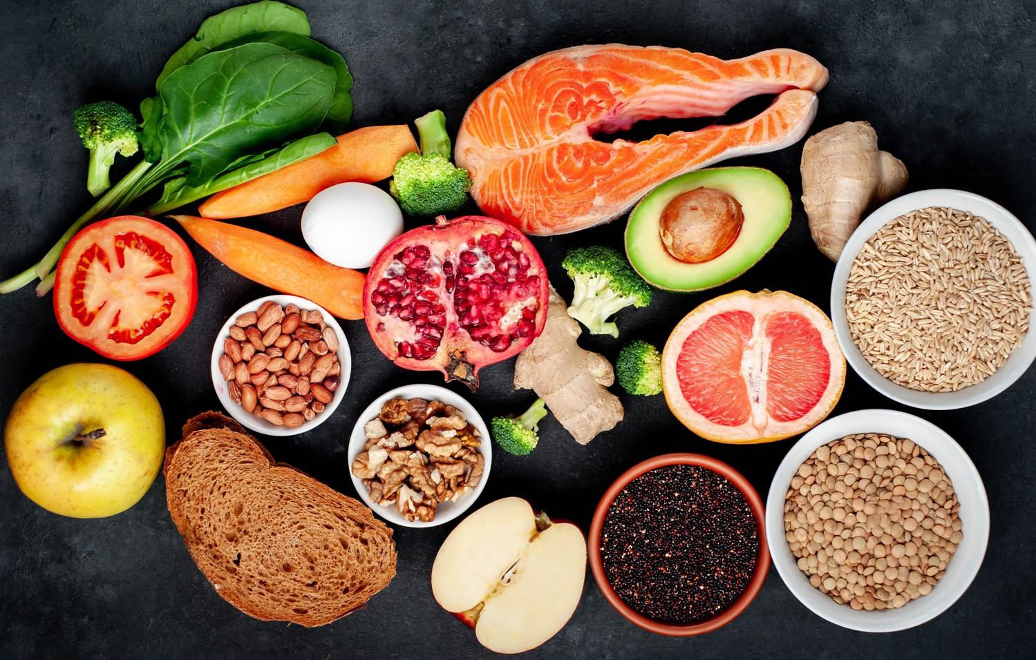 Tvorba spermií se dá podpořit potravinami jako zelenina, ovoce, ryby, luštěniny a hořká čokoláda